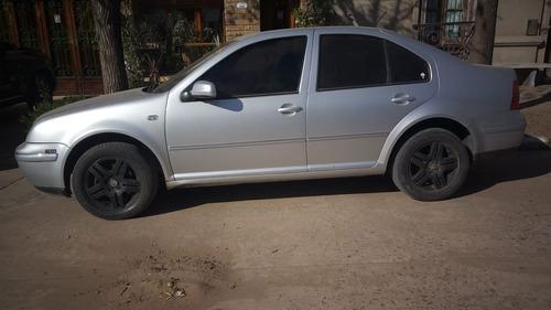 volkswagen bora 2.0 trendline nafta 2006 4 puertas 60257836