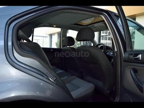 volkswagen bora 2008 motor 2.0 automatico gris 5 puertas