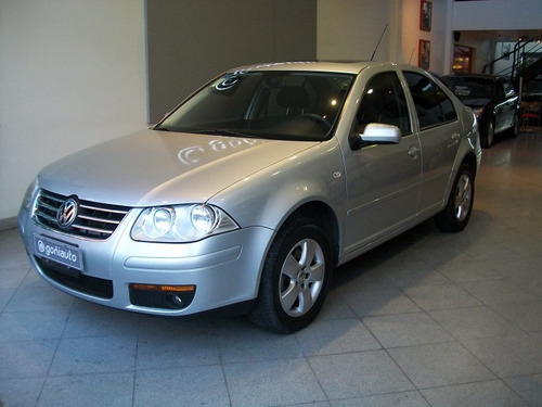 volkswagen bora 2013  2.0 trendline tiptronic financiacion