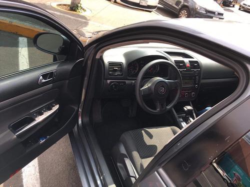 volkswagen bora 2.5 style tiptronic bt at 2010