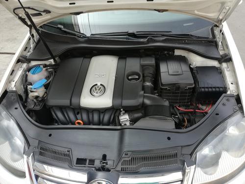 volkswagen bora 2.5 tiptronic
