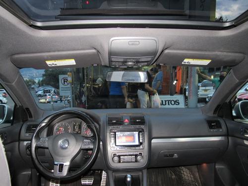 volkswagen bora gli sedan at sec cc2000