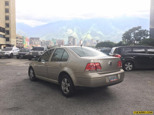 volkswagen bora highline - automatico
