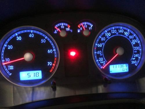 volkswagen bora trendline 2.0 - año 2011