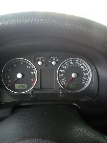 volkswagen bora trendline 2011 2.0 (h01)