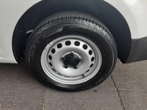 volkswagen caddy 2017 1.6 base mt