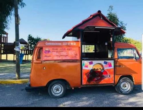 volkswagen combi food truck