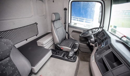 volkswagen constellation 19.360/35 advantech euro v 2017 jr
