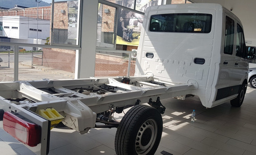 volkswagen crafter doble cabina chasis