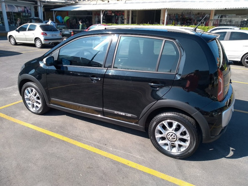 volkswagen cross up! 1.0 mpi preto segundo dono impecável