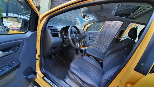volkswagen crossfox  1.6 flex 2011 + teto solar