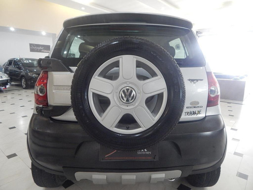 volkswagen crossfox 1.6 mi flex top de linha c/ couro + roda