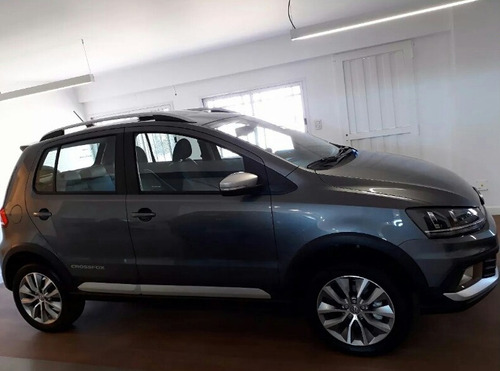 volkswagen crossfox 1.6 msi highline 2017 vw 0 km gris