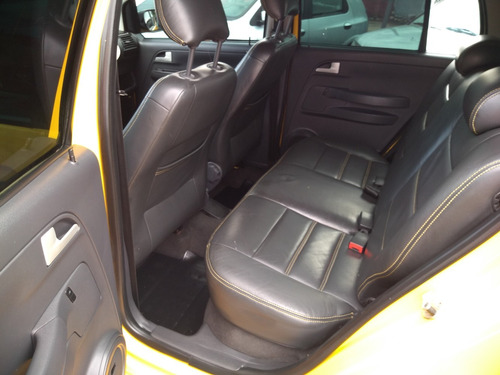 volkswagen crossfox 1.6 total flex 5p