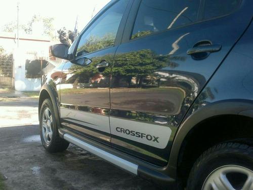volkswagen crossfox 2011