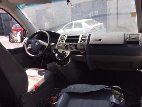 volkswagen eurovan 2008 ((( solo refacciones )))
