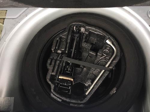 volkswagen fox 1.0 vht total flex 5p 2012