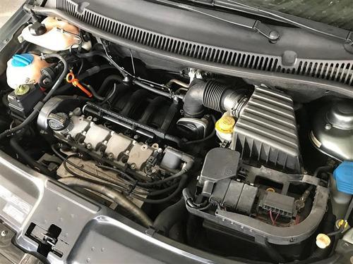 volkswagen fox 1.6 mi 8v flex 4p manual 2011