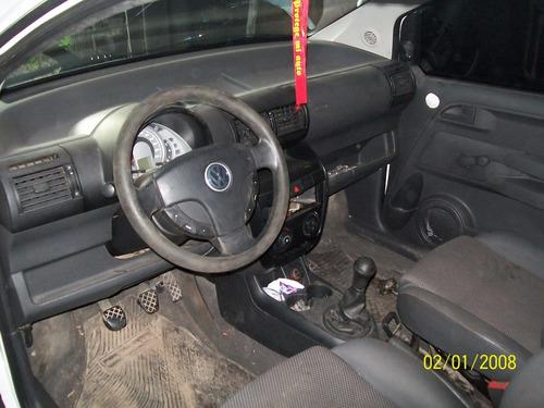 volkswagen fox 1.6 trendline 2004 chocado poco funcionando