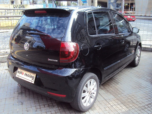 volkswagen fox 1.6 vht prime i-motion total flex 5p ano 2012