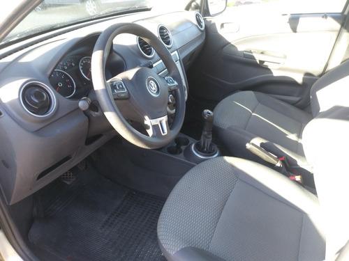 volkswagen gol 1.6 comfort hatch 2010 5 puertas