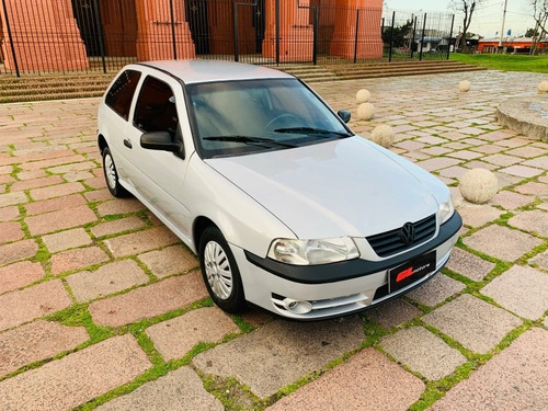 volkswagen gol 2005 1.0 (( gl motors )) financiamos en pesos