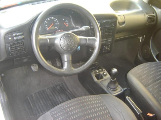 Volkswagen Gol 2005 Branco 2 Portas - R$ 9.900 em Mercado