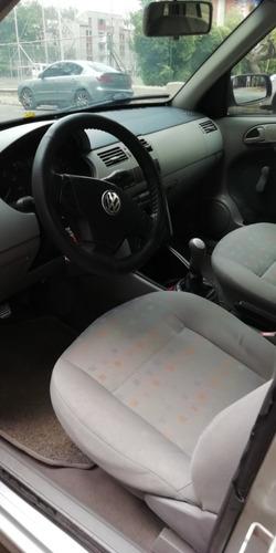 volkswagen gol confortline 1.8 modelo 2002 5 puertas
