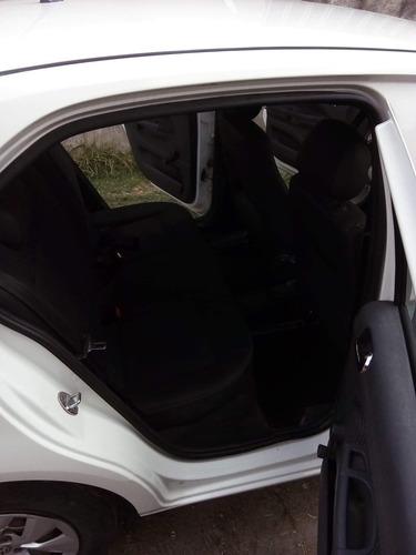 volkswagen gol hatchback