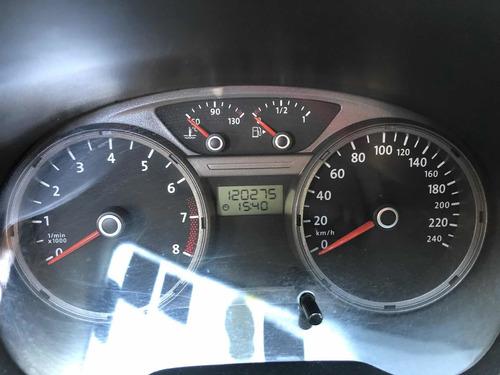 volkswagen gol sedan 1.6 power