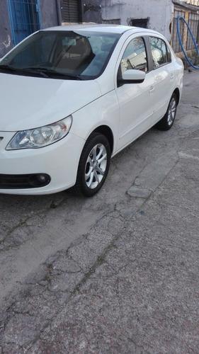 volkswagen gol sedan automático 1 dueño