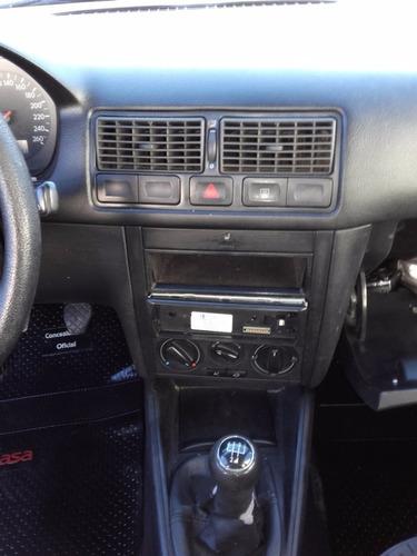 volkswagen golf 1.6 confort 5ptas 2004 gris 156000km impecab