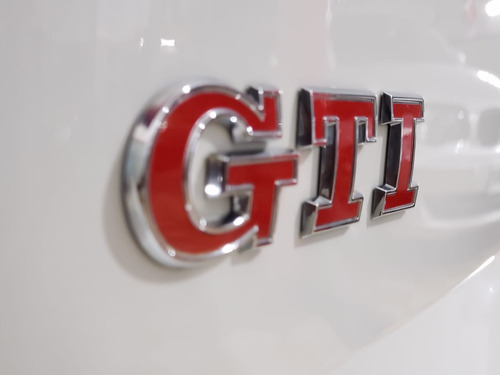 volkswagen golf 2.0 gti tsi app connect 2019