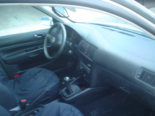 volkswagen golf 2.0 mecanico 2001 blindado