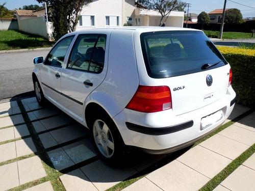volkswagen golf 2.0 raridade com apenas 17.000 km ano 2001