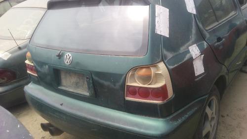 volkswagen golf 4 puertas estandar 1995 para partes