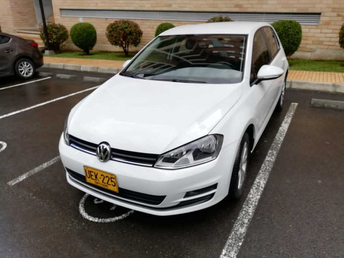 volkswagen golf confortline 1.600cc blanco mod. 2015