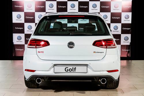 volkswagen golf gti performance 2019