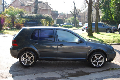 volkswagen golf highline 2.0 at 2003!!