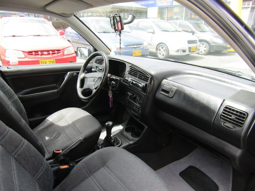 volkswagen golf manhattan mt 1800cc 5p