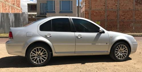 volkswagen jetta 1.8 turbo 2009 plateado 5 puertas