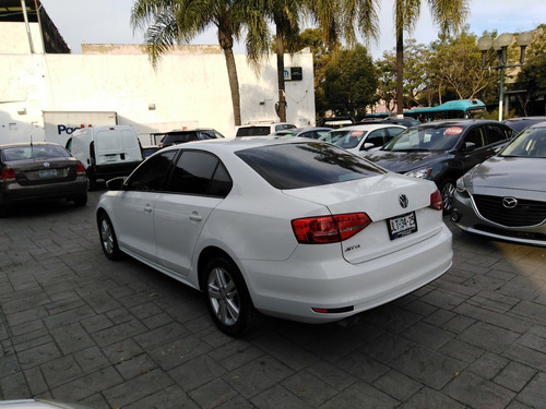volkswagen jetta 2.0 cl l4 man abs at