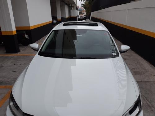 volkswagen jetta 2.0 comfortline flex aut 4p 2015