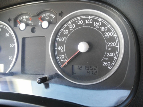 volkswagen jetta 2.0 europa std 5vel mt 2010