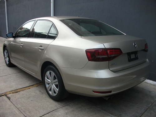 volkswagen jetta 2.0 l4 at