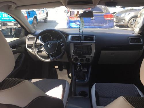 volkswagen jetta 2.0 live at 2016