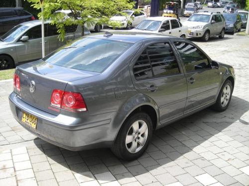 volkswagen jetta 2.0 mecanico 2008