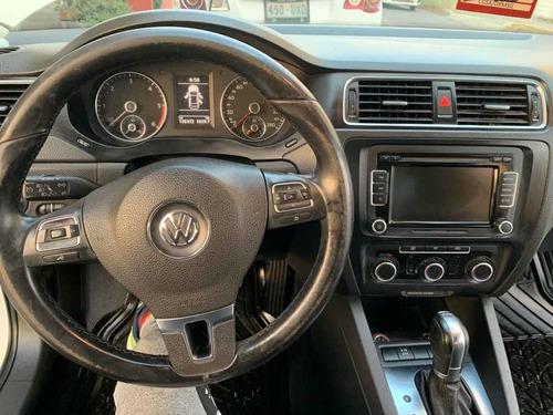 volkswagen jetta 2.0 tdi dsg at 2012