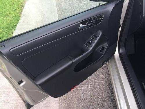 volkswagen jetta 2.0 tiptronic 2016