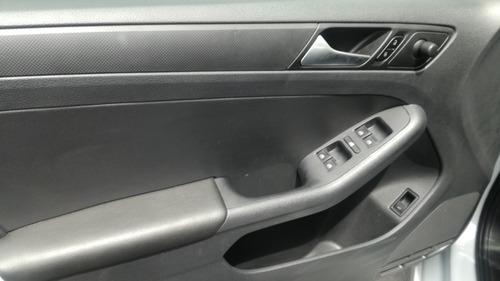 volkswagen jetta 2.0 tiptronic 2018 svr